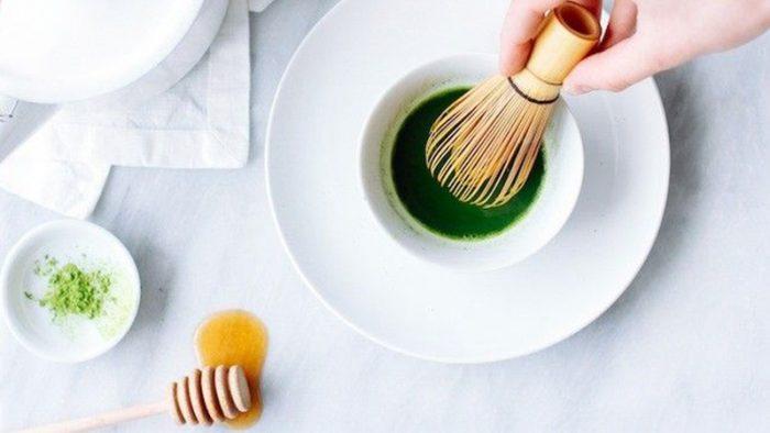 Mật ong kết hợp với bột trà xanh
